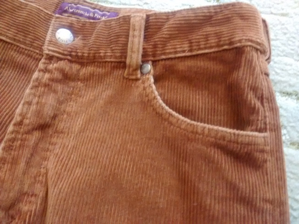Spodnie sztruksowe Abercrombie 30/32