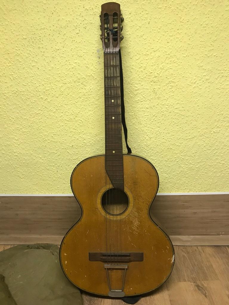 Gitara z epoki - vintage - do naprawy