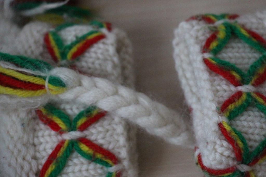 Lovikka czapka i rękawiczki 100% welna handmade