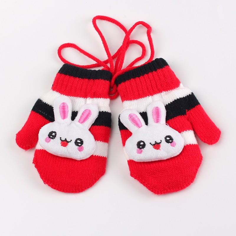 Rękawiczki na sznurku dla dzieci 2-3 lata czerwone