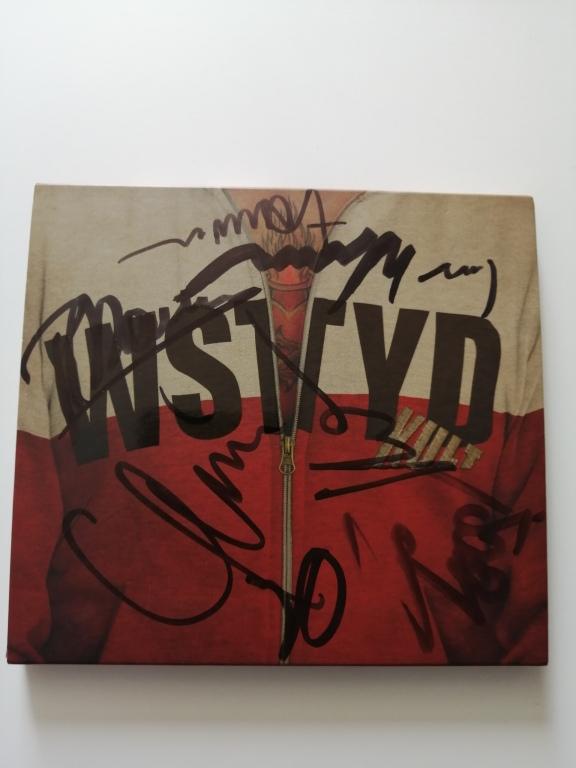 KULT i- WSTYD; CD z autografami