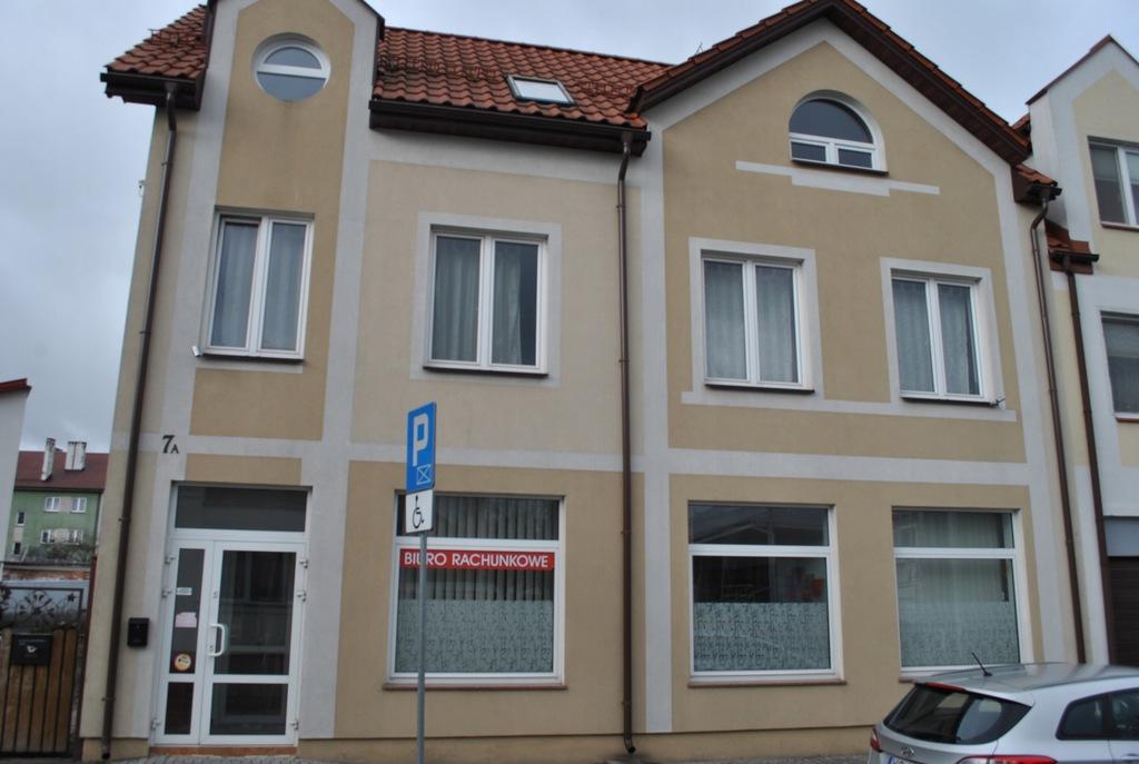 Budynek usługowo-mieszkalny 300m2 centru Ostrołęki