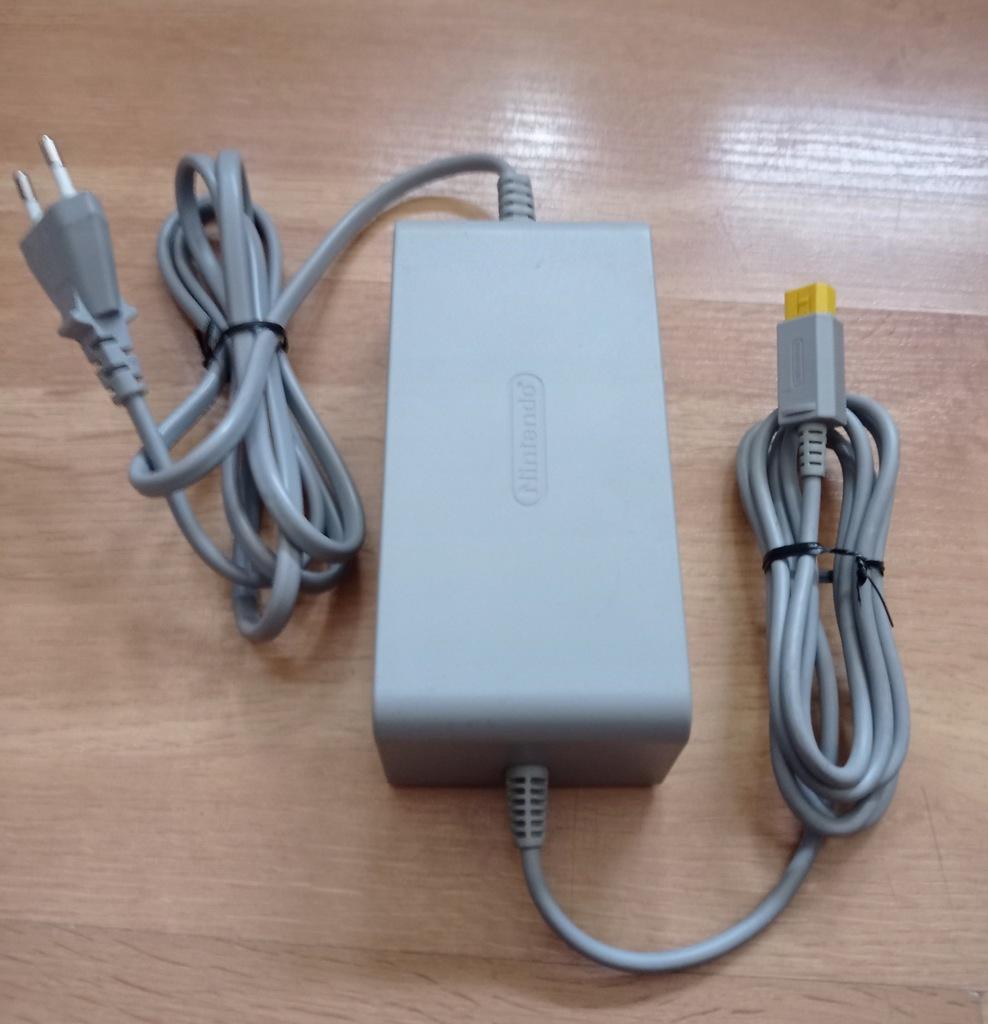 Oryginalny zasilacz konsoli Wii U WiiU wersja EU