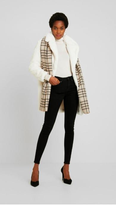 New Look Krótki płaszcz roz. M CIEPLUTKI ROZ 38 M