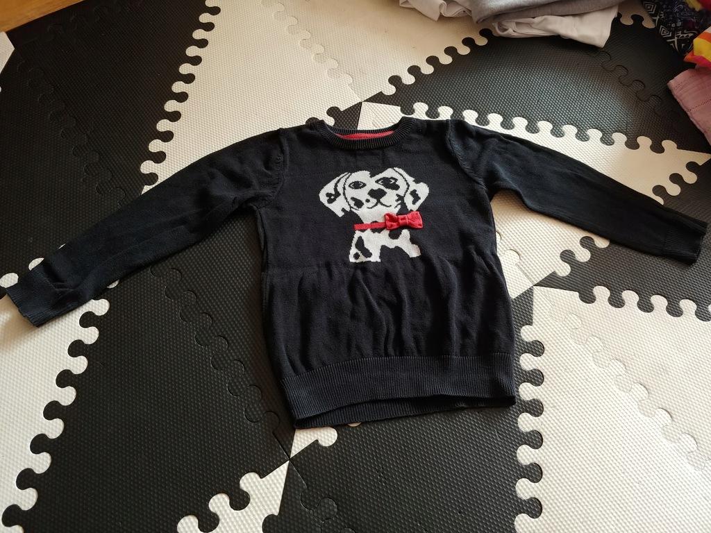 F&F sweterek czarny z pieskiem 98-104cm