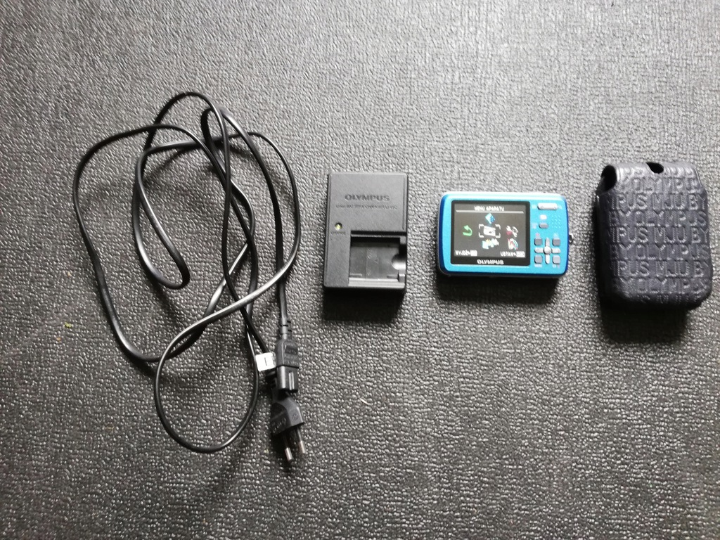 Aparat fotograficzny Olympus MJU-550WP + karta 2gb