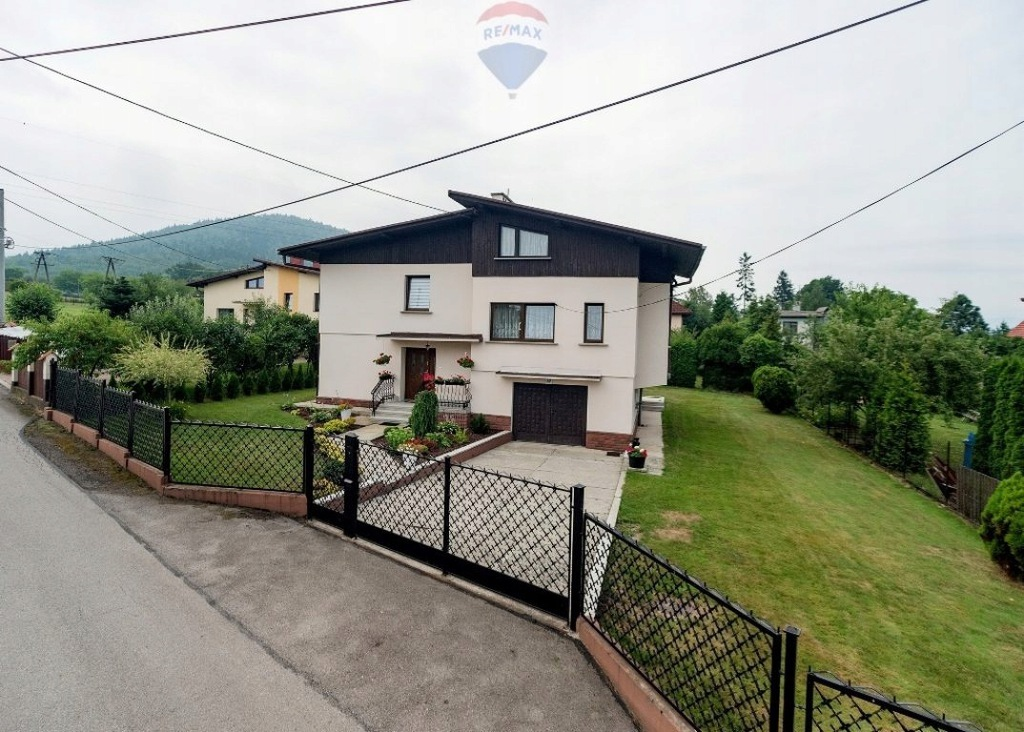 Dom, Bielsko-Biała, 250 m²