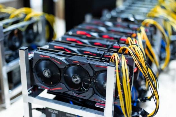 NOWA Koparka Kryptowalut Bitcoin/ETH/ Moc 550MH/s