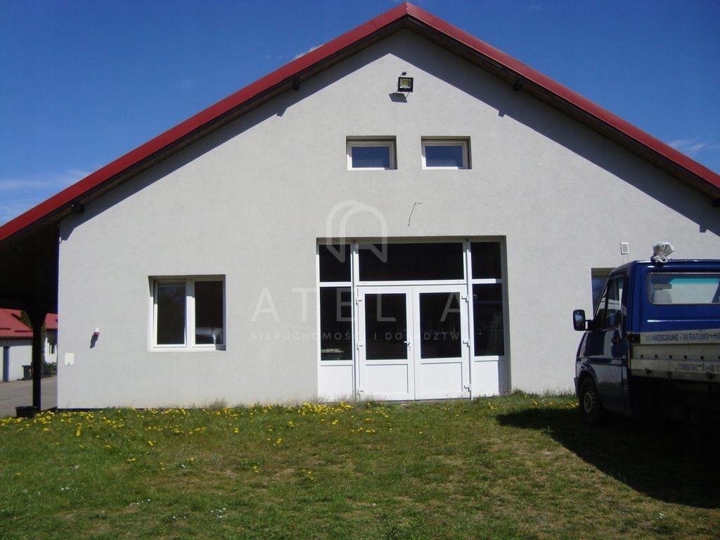 Magazyny i hale, Wąwelnica, 1400 m²
