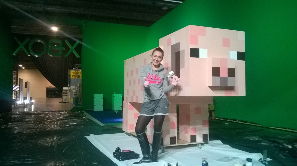 Xbox One 1TB, świnka i gra Minecraft od Microsoft