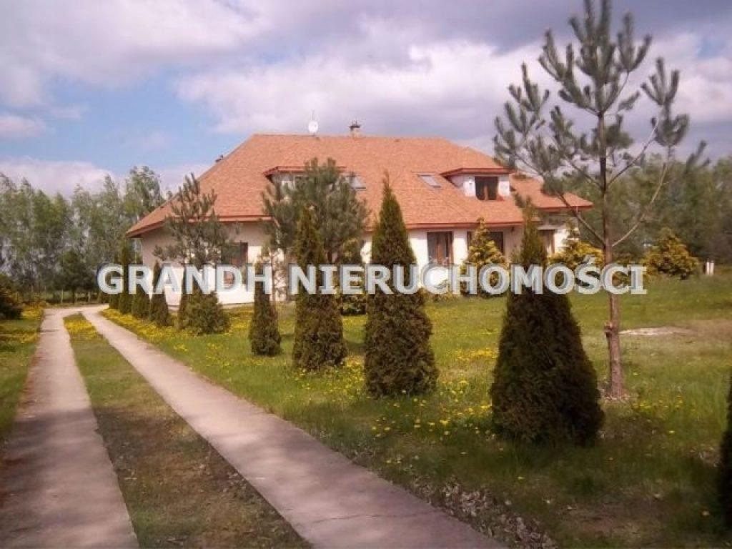 Komercyjne, Wieniec, Brześć Kujawski (gm.), 390 m²