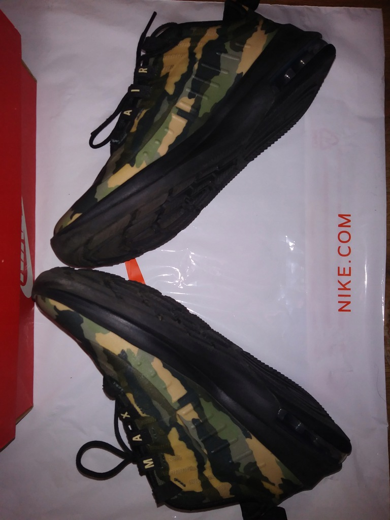 Nike Air Max Axis Print (GS) rozm. 38