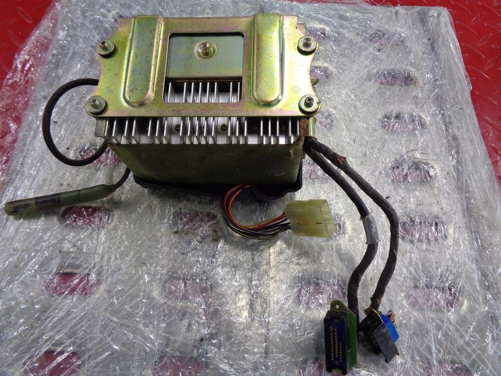 YAMAHA XVZ Venture 1200 radio moduł