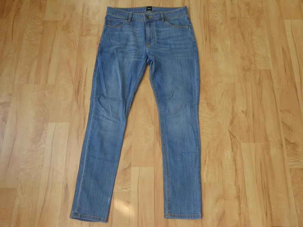 Spodnie ASOS rozmiar 32/32 SLIM