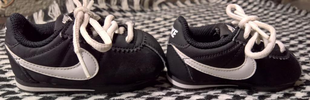 Nike buty dla niemowlaka bobasa rozmiar 21/11cm