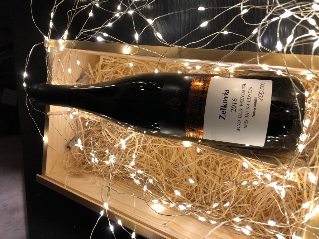 Wino Zelkovia  WINNICA ŚWIĘTY SPOKÓJ