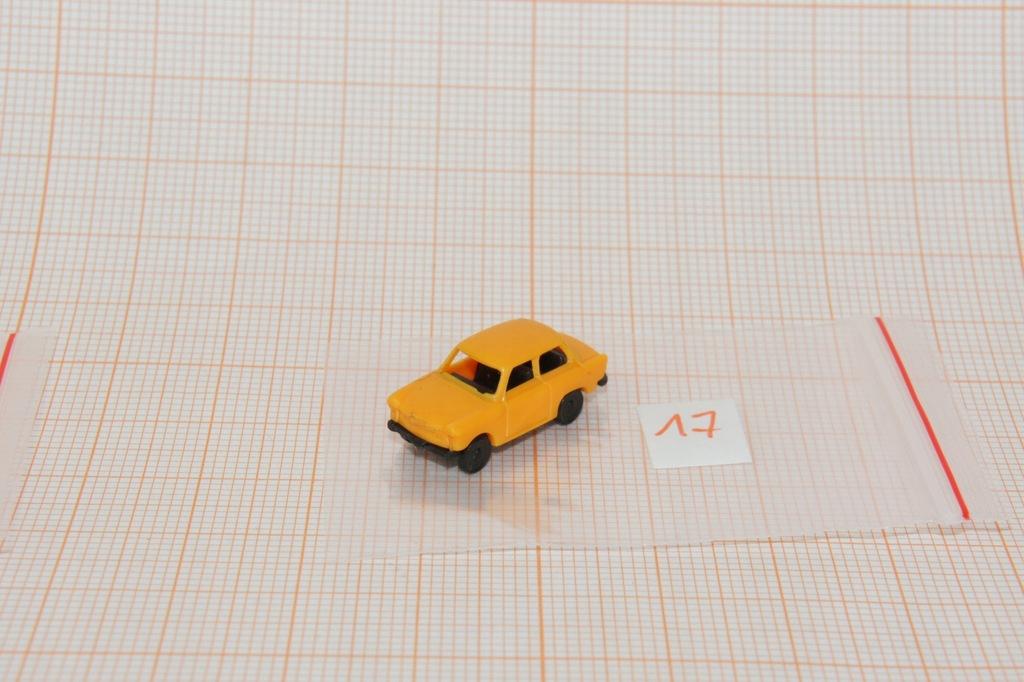 Auto na makietę w skali N 1/160 (17)