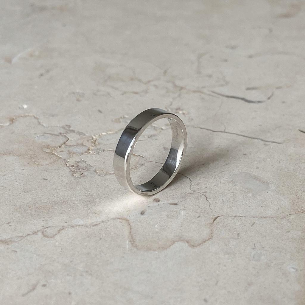 Obrączka srebrna płaska gładka 4mm