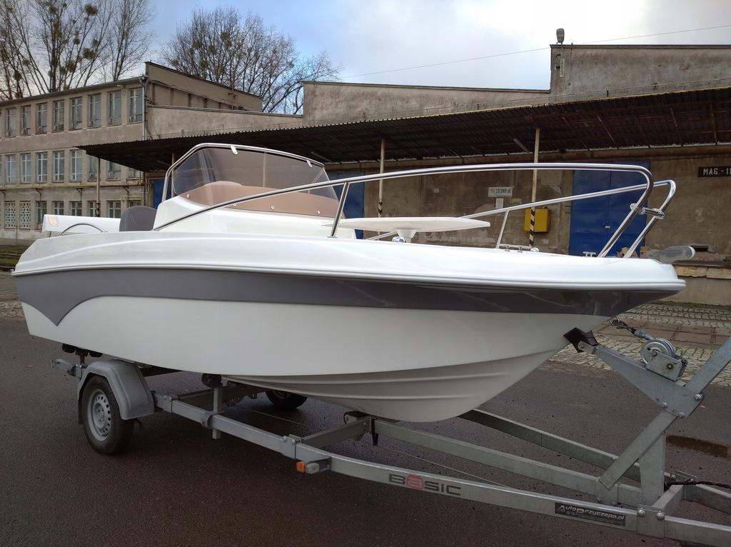 Łódź motorowa Sapphire 530 Sport od Trident Boats