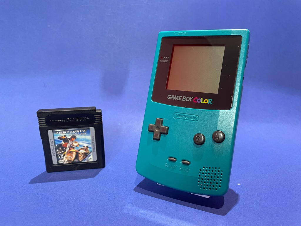 Nintendo Game Boy Color + GRA
