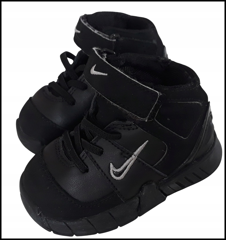 chłopiec buty adidasy NIKE buciki r.18,5 9cm