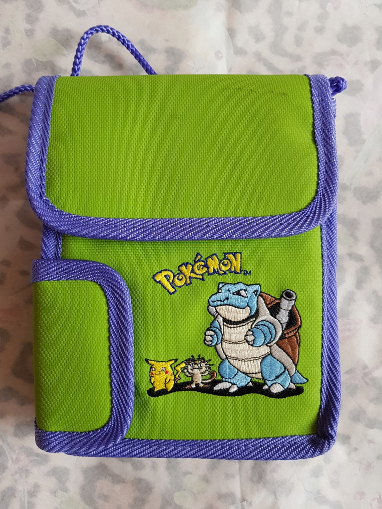 Etui Gameboy Color Pokemon Nintendo saszetka 19 cm