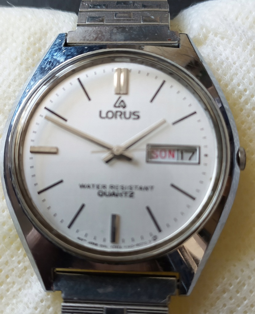 Lorus Quartz Y143-8050 A1