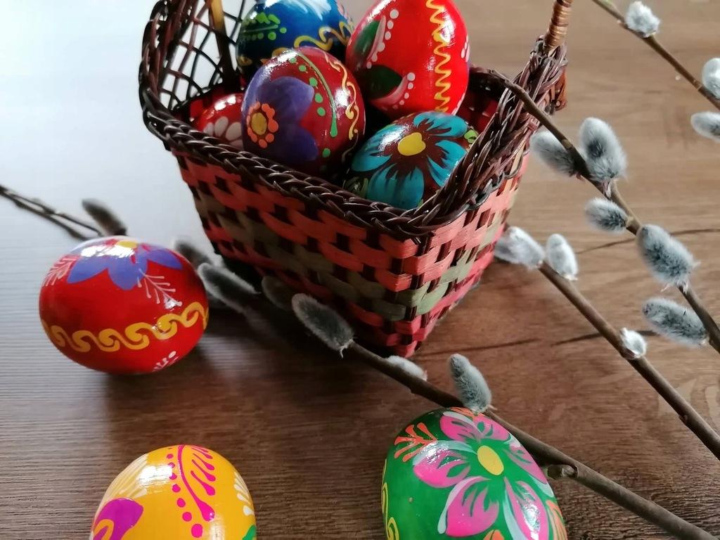Kolorowe drewniane jajka pisanki 20szt