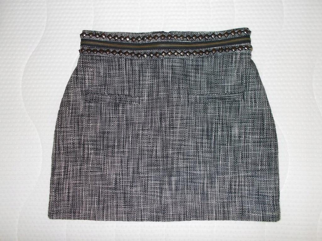 Spódnica_H&M rozm.36cm z podszewką// pas 70 cm