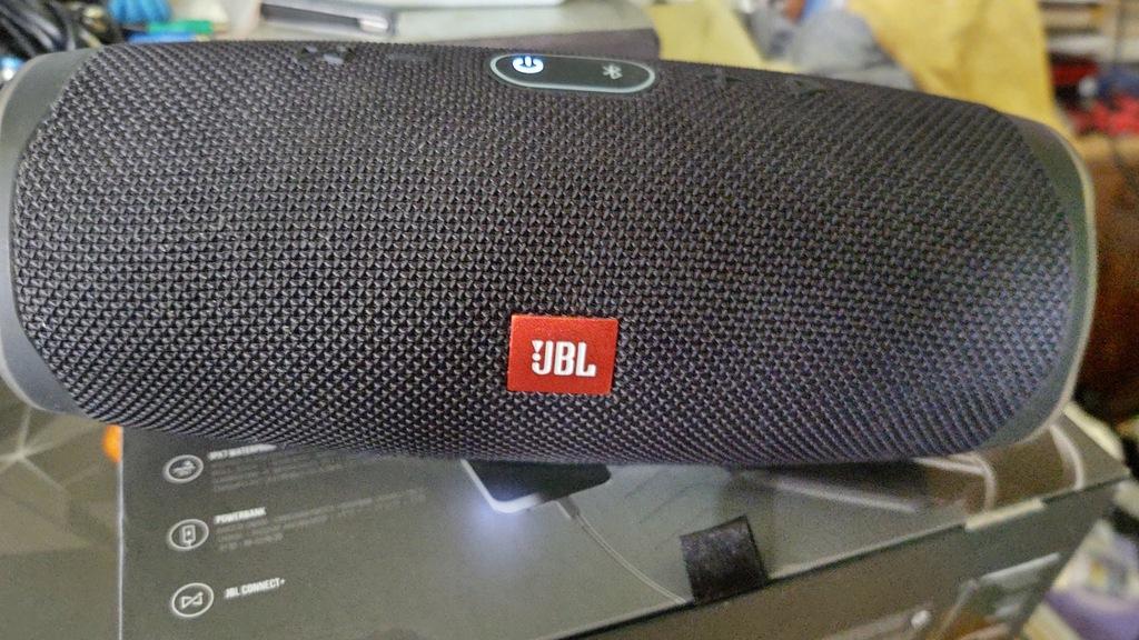 Czarny Głośnik mobilny JBL Charge 4