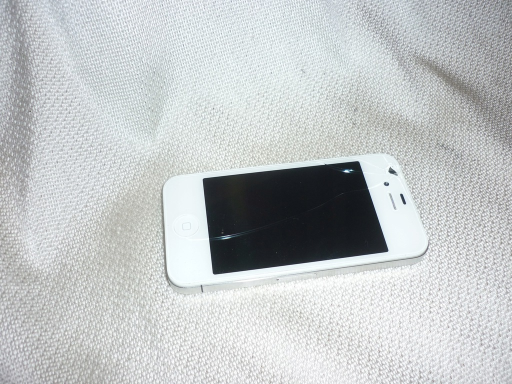 Apple iPhone A1332