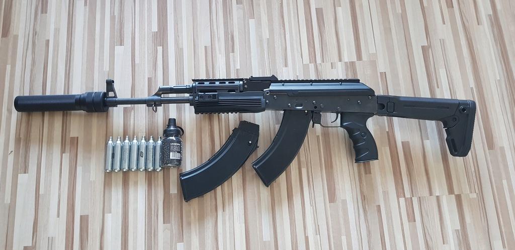 Wiatrówka AK-47 Kałasznikow cybergun 4,5mm CO2
