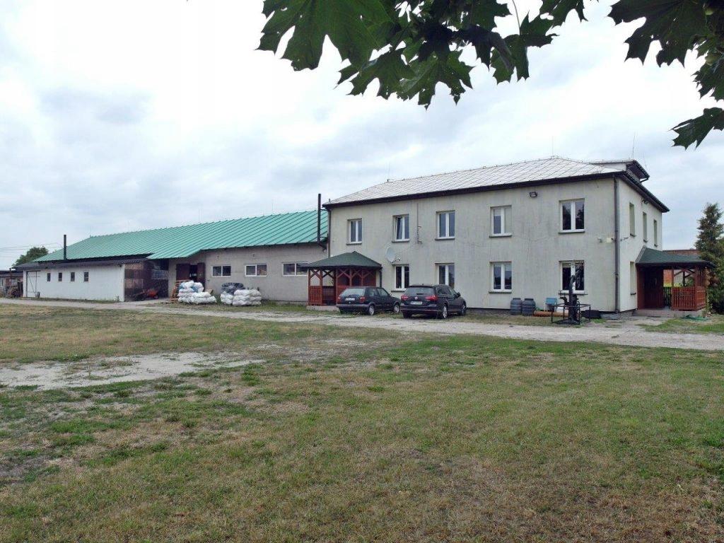 Komercyjne, Krubin, Sanniki (gm.), 1134 m²
