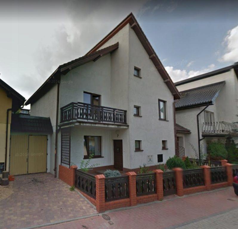 Dom, Oleśnica, Oleśnicki (pow.), 240 m²