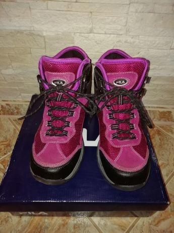 Tretingowe buty damskue FILA roz. 39
