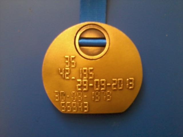 Medal z 35.Maratonu Warszawskiego 2013