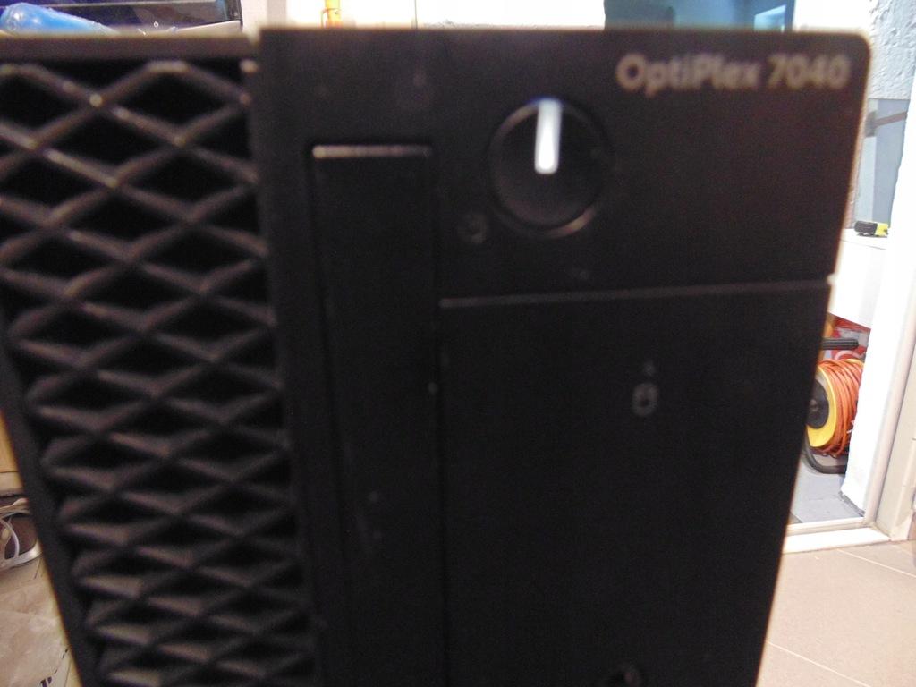 DELL OPTIPLEX 7040 i5-6500 8GB RAM SSD 256GB+500GB