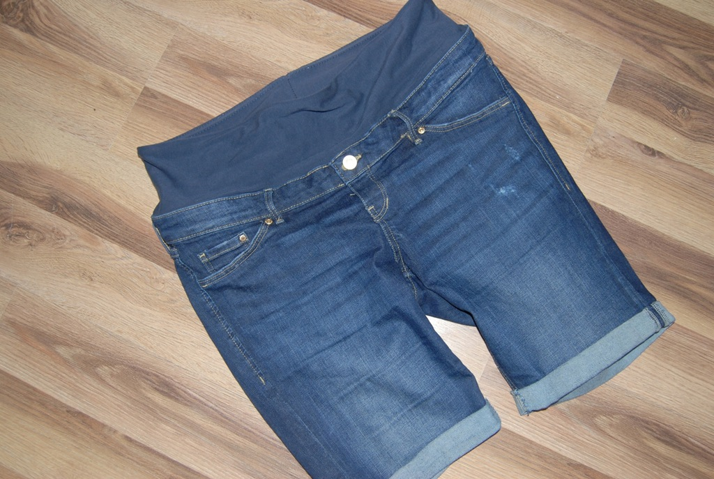 H&M MAMA ***spodenki jeansowe***42