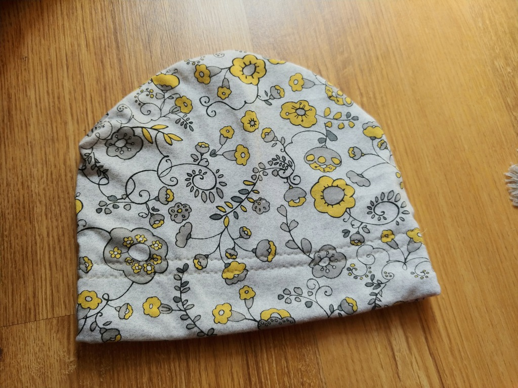 Dresowa cudna czapka jesień roz.48-50cm 3lat nowa
