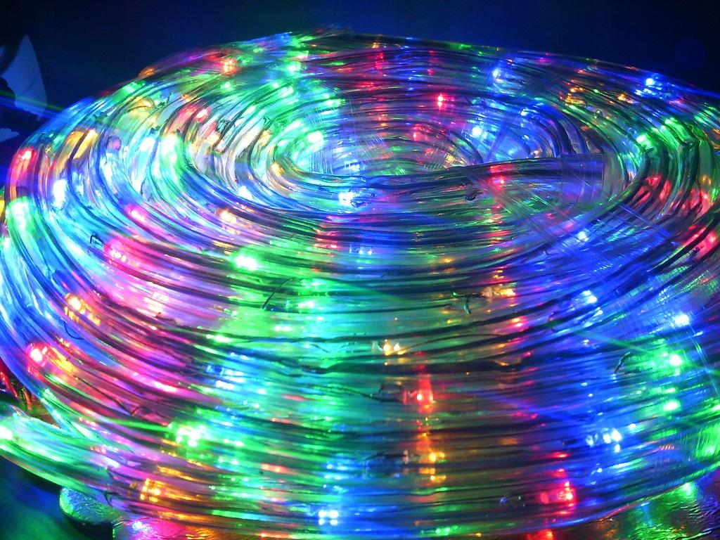 Zewnętrzny Wąż świetlny Led 100 Metrów 4 Kolory 8564904143 Oficjalne Archiwum Allegro