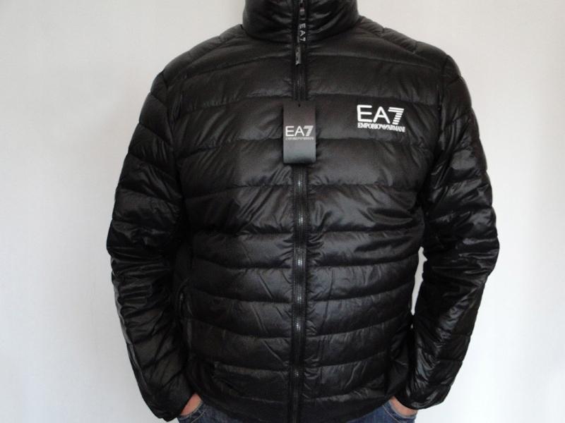 Kurtka ARMANI EA7 , czarna rozmiar 3xl na stójce