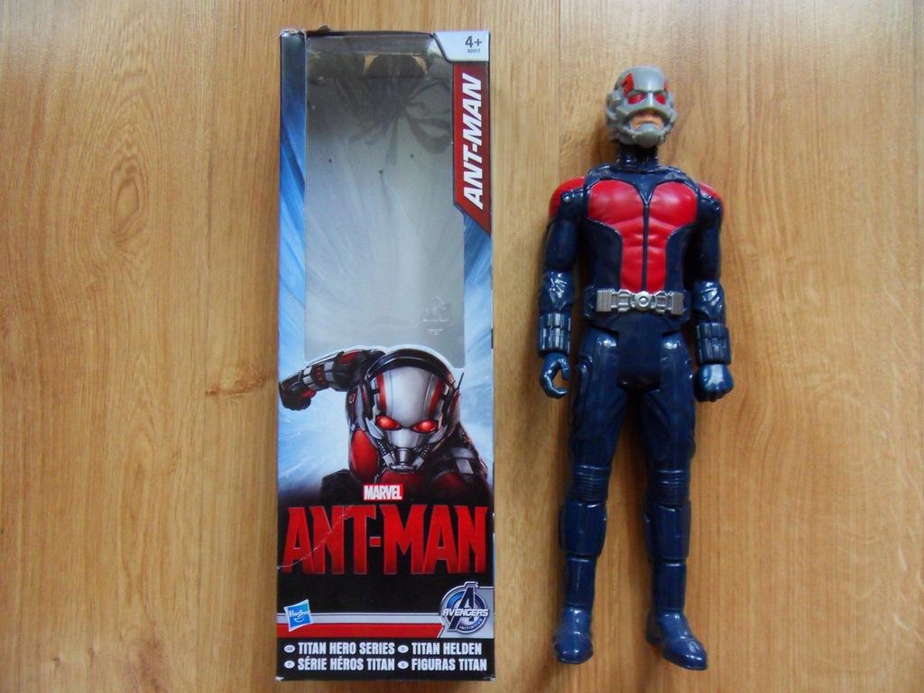 HASBRO Figurka ANT-MAN 30 cm używana