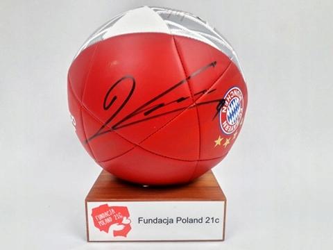 Lewandowski - piłka (Bayern) z autografem (aut)