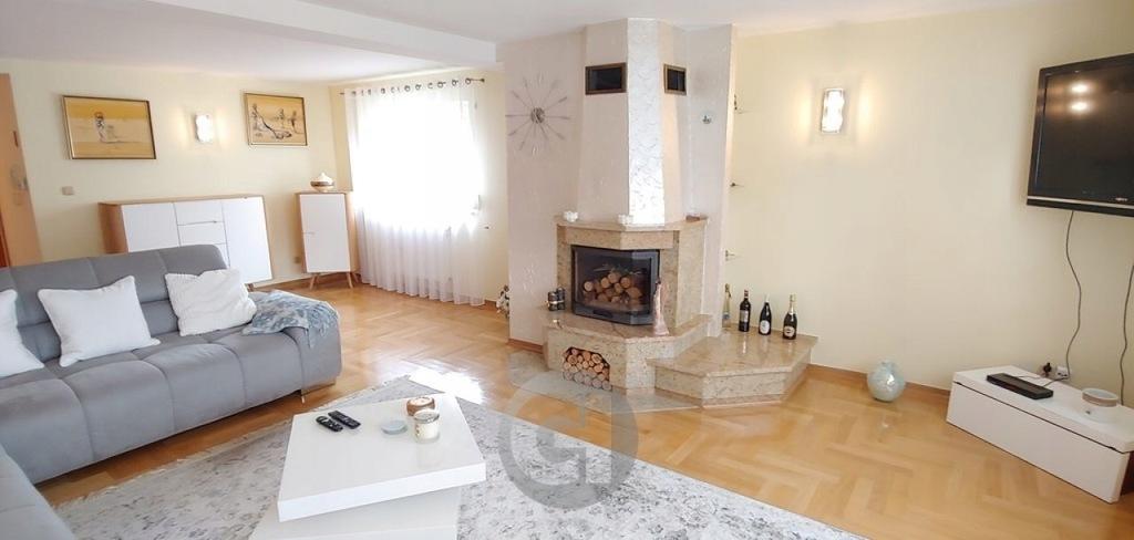 Dom, Lipiany, Lipiany (gm.), 220 m²