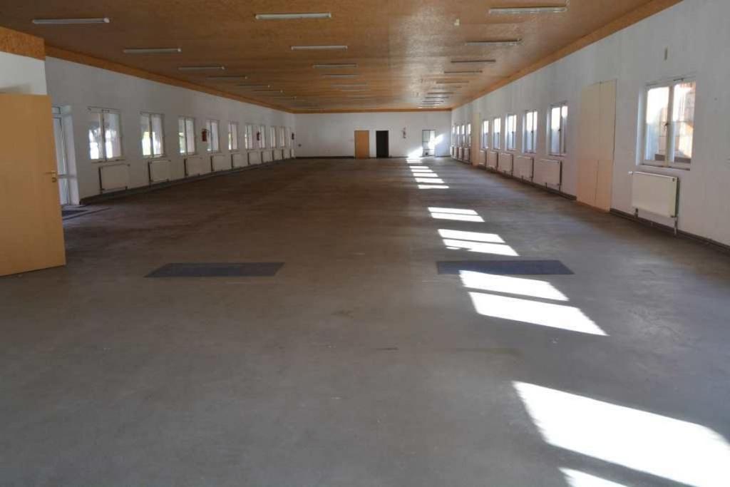 Magazyny i hale, Wąwelnica, 650 m²
