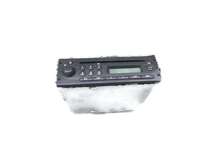RENAULT TWINGO II 08r RADIO CD 8200843548T