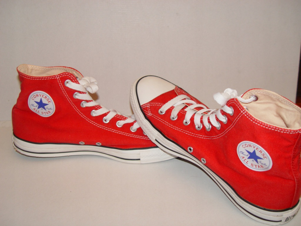 CONVERSE MES-12; WOS-14;UK-12;EUR-46,5-30,5CM RED