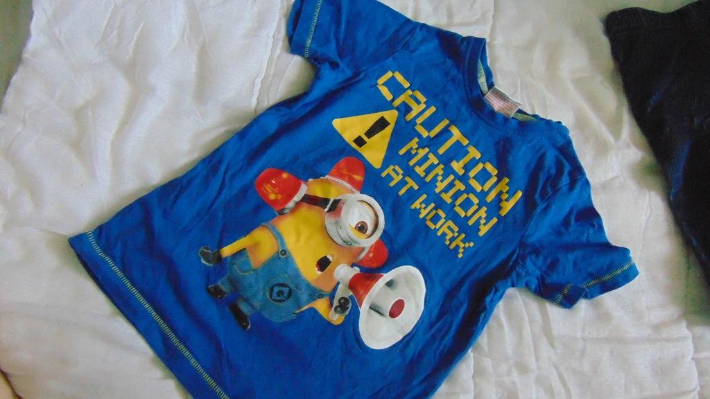 T-shirt MINIONKI 5-6 lat JAK NOWY