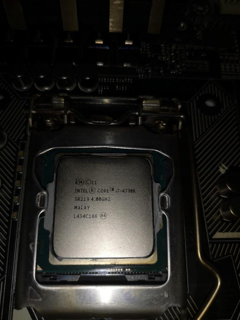 I7 4790k Z97-Deluxe 16gb 2400 g.skill