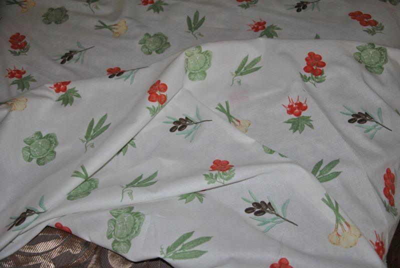 HomeSweetHome-Materiał bawełna warzywa owoce 8,2m